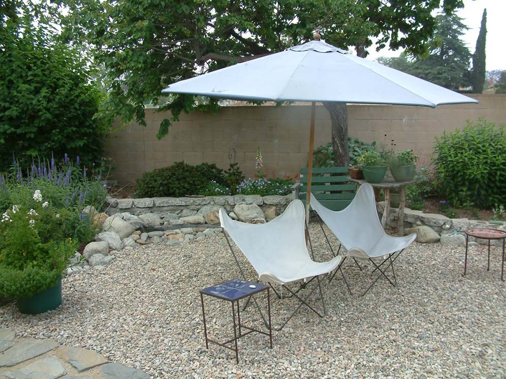 50 S Chairs In Gravel Patio